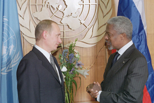 Russian President Vladimir Putin and U.N.Secretary-General Kofi Annan